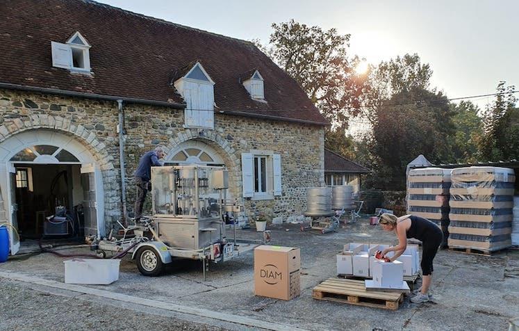 France's paper hurdles | JancisRobinson.com