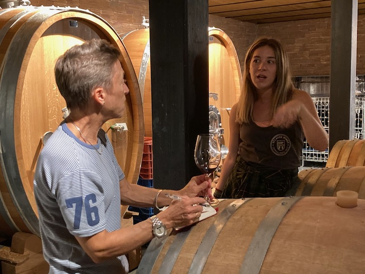Julia with winemaker Evaggelia Moraiti at Sclavos