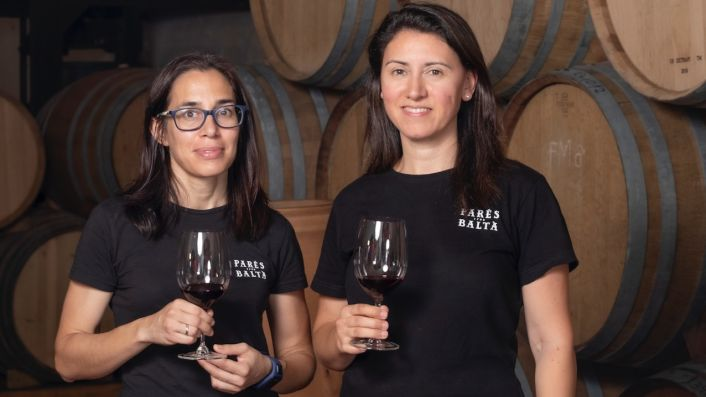 Pares Balta winemakers Marta and Maria Elena