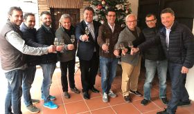 The nine members of the Corpinnat sparkling Catalan wines