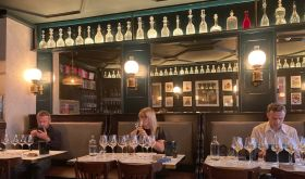 Blind tasting of champagne and English sparkling wine at Noble Rot Soho, September 2020