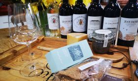 Naturally Bordeaux food and wine pairing tasting